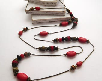 Vintage Antiqued Gold Tone Red Brown Bead Filigree Cap Long Chain Necklace V31