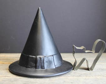 Vintage Ceramic Witches Hat and Cat Cookie Cutter // Halloween Decor // Witch Decor