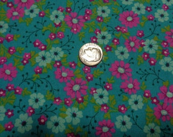 Cotton Fabric Fat Quarter Plus--Meadow Flowers