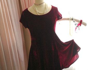 Vampire Chic Goth Gothic Elegance Red Velvet Short Sleeves Skater Dress Steampunk