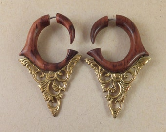 Faux Gauge Arabesque Wood and Brass Earrings ~ The gauged look without the commitment! Free shipping