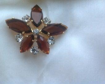 Vintage rhinestone brooch pin clip