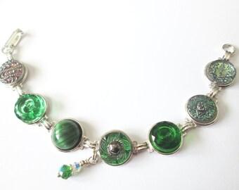 GREEN vintage button bracelet, silver links