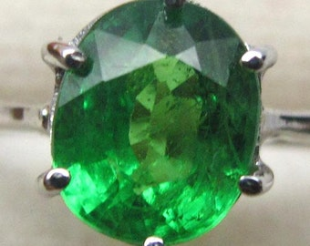 1.80 Ct Natural Green Tsavorite Garnet Unheated Ring Silver