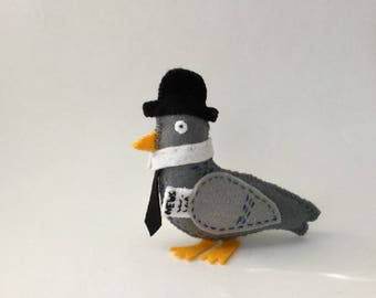 Business Pigeon - Handmade embroidered gift