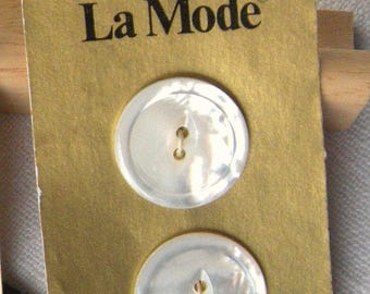 2 Carved (22 mm) White Shell Button,Vintage White Mother of Pearl, Iridescent, 2 Holes Fisheye,NOS Gold Card La Mode