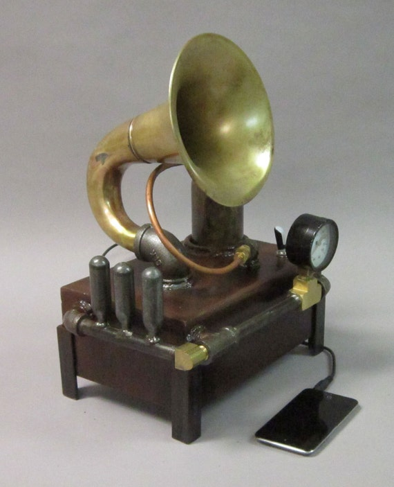 Steampunk Speaker for iPod, iPhone, Android and more