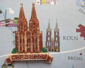 German Vintage Hat Pin Brooch Jewelry Souvenir Pin from Cologne Köln  Germany with the Cologne Cathedral