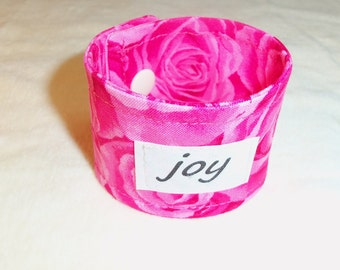 Words of Inspiration Cuff Bracelet Joy in Shades of Pink Roses