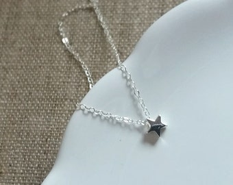 Little Star Necklace. Sterling Silver. Tiny Star Charm. Delicate Dainty. Layering Necklace