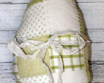 Small Primitive Vintage Quilted Easter Egg