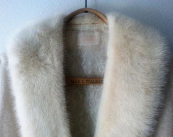 50s Glamour Cashmere Sweater with White Mink Collar