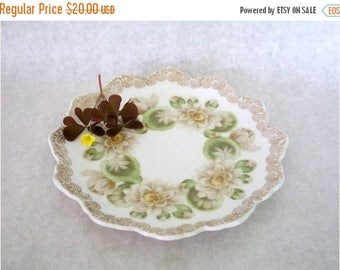 "ON SALE Vintage Rosenthal/Continentl Water Lily Malmaison c. 1902 7"" china plate with gold filigree Antique Plate"