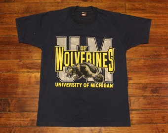 Michigan Wolverines tshirt graphic tee NCAA navy shirt large
