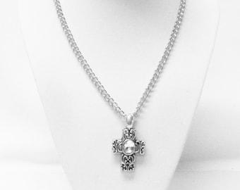 Antique Sliver Scroll Cross Pendant Necklace