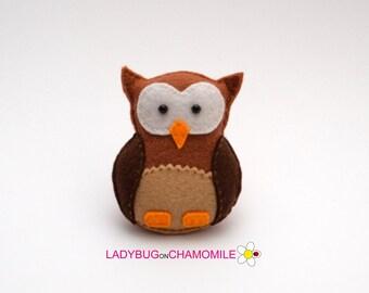 Felt OWL, stuffed felt Owl magnet or ornament, Owl toy, Forest animals,Owl magnet,Cute Owl, Nursery decor,Beautiful owl,felt bird,owl