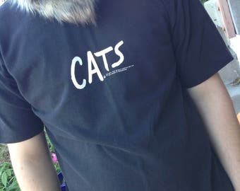 Vintage Cats the Musical with cat eyes in the back of  tshirt size large free domestic shipping