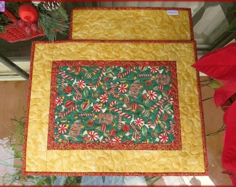 Christmas Candy Gold Placemats 661