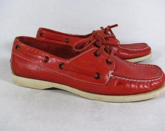 Vintage Naturalizer Red Leather Boat Shoe Womens size 7 m