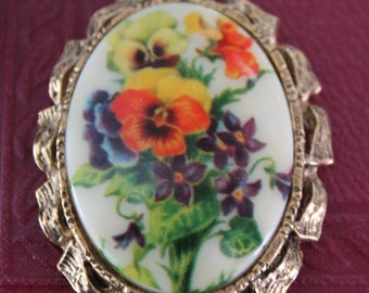 Vintage Porcelain Pendant Reversible Oval Mirror Necklace with pansies and gold chain, Porcelain Floral Necklace with mirror