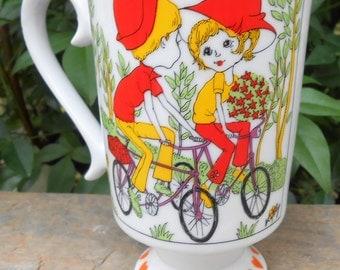 Vintage 1970's Boy Meets Girl Smug Mug Royal Crown Arnart by Kitty #3587 Cup