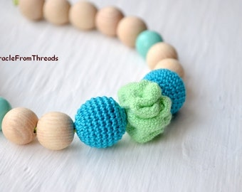 Nursing necklace,Wrap Scrap Teething necklace,Blue green,Babywearing necklace,For baby,Gift for mom,Breastfeeding necklace,Safe ecofriendly