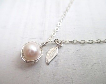 Pearl necklace, dainty necklace silver, bridesmaid necklace, bridal necklace, leaf charm necklace, wedding jewelry