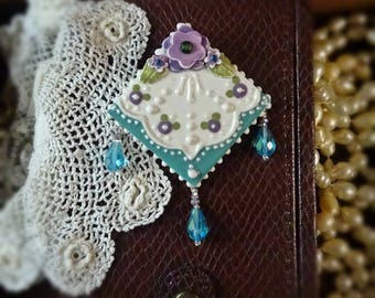 Brooch Teal and Violets Lace Pin