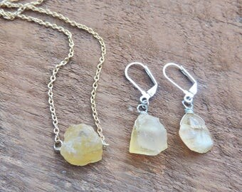 Raw Citrine Nugget Necklace + Earrings, Raw Crystal Nugget Jewelry Set, Gold Healing Crystal Necklace and Earrings, Gemstone Necklace Set