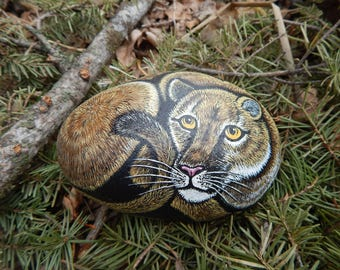 Mountain Lion Painted Rock, Cougar Painting, Lion Pained Stone, Mountain Lion Art
