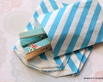 Diagonal white paper mini-sachets blue set of 10