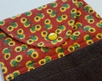 Sunflower Hanging Kitchen Towel, Dish Towel, Button Top Towel, Kitchen Linens, Fall, Housewarming Gift, Every Day Kitchen Linens, Flowers
