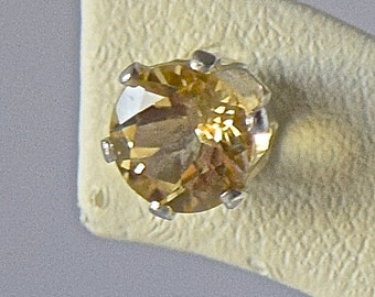 Yellow Citrine 6mm Round, AA-Grade Earrings