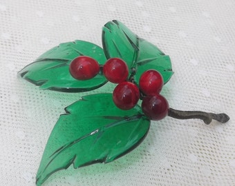 SALE Marvelous Vintage Glass Berry Branch, Red Berries Cluster, Handmade, Glass Figurine, Glass Cluster, Rare, Home Decor, Collectibles