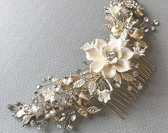 Gold Bridal Hair Comb, Floral Gold Hair Comb, Gold Headpiece, Gold Bridal Back Comb, Floral Bridal Hair Comb, Bridal Headpiece ~TC-2303-G