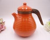 Near Mint Vintage 1930s Bauer Pottery Ring Ware Orange Wood Handle Teapot Coffee Pot - Orange tea pot