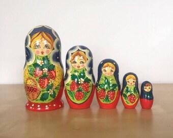 Vintage Handpaintes Russian Nesting Dolls