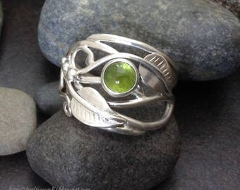 Green tourmaline leaf ring with leaves and sterling silver vines branches tendrils, individually handcrafted size 10 Elfin Works design
