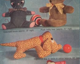 Vintage Simplicity 6810 Sewing Pattern Set of Stuffed Toys
