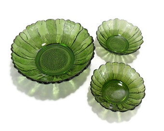 1960s Anchor Hocking Emerald Green Country Estate * Serving Bowl and 2 Individual Bowls