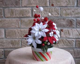 Christmas Floral Arrangement, Floral Arrangement, Red Floral Arrangement, Green Floral Arrangement, Holiday Floral Arrangement