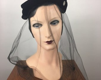Vintage 1950's Black Velvet Hat Headpiece with Veil