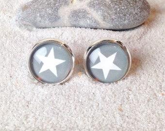 Earring star gray