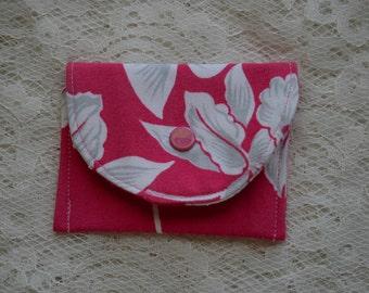 Fabric Coin Purse Pink Hawaiian Fabric Red Enamel Snap Credit Card Holder