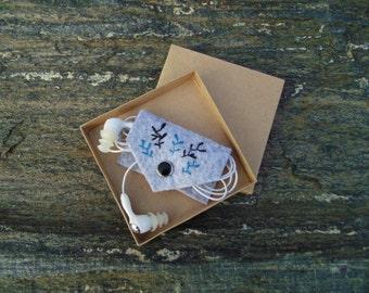 Vegan Earbud holder, Cord case after Henri Matisse, Hand embroidered Earphones organizer, Headphone holder, USB Cable Holder