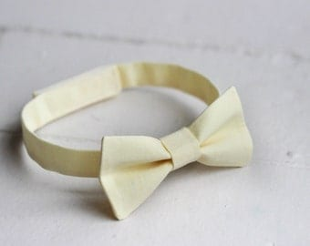Boys Light Yellow Bow Tie Toddler Yellow Bow Tie, Yellow Baby Bow Tie, Little Boys Bow Tie, Yellow Toddler Bow Tie, Toddler Boys Bow Tie