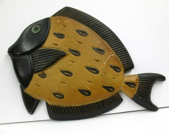 Mid-Century Hanging Plaster Chalkware Fish Black and Yellow 1950s