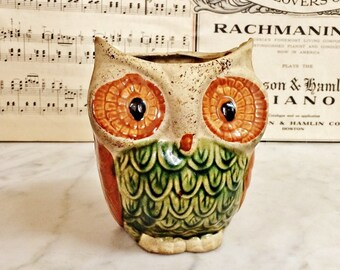 ViNTAGE 1960'S POTTERY HORNED OWL VaSE, MiD CenTury CoLLecTIBLes, CeRAMIC, OwL CoLLECTiBLES, 1960s KiTSCH HoME DeCOR, ViNTAGE fLOWER pLANTER