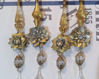 Set of 4 gold leaf DaNgLe crystal / rhinestone Ornaments ITALIAN