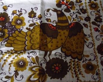 Vintage Irish linen table runner ~ groovy 1960's-1970's Swedish Scandinavian exotic bird toile fabric Primitive rustic